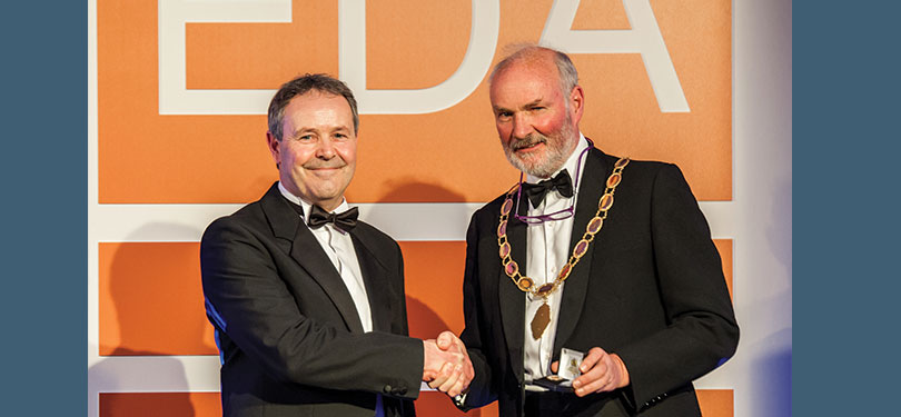 Outgoing EDA President, Tom Jones, hands over to BEMCO's Simon Barkes