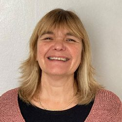 Tracy Hewett, Education and Training Consultant